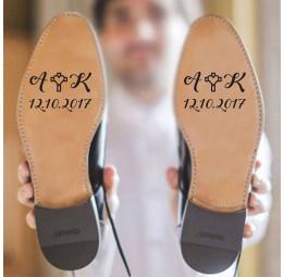 Adesivo para Sola de Sapato - Iniciais do Casal com Cruz