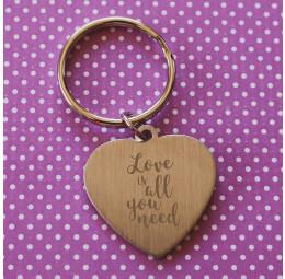 Chaveiro Coração Simples Love Is All You Need