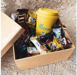 Kit Páscoa com Copo e chocolates e bombons diversos