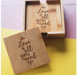 Conjunto Porta Copos Love is All You Need